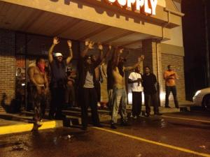 ferguson-looters-thwarted