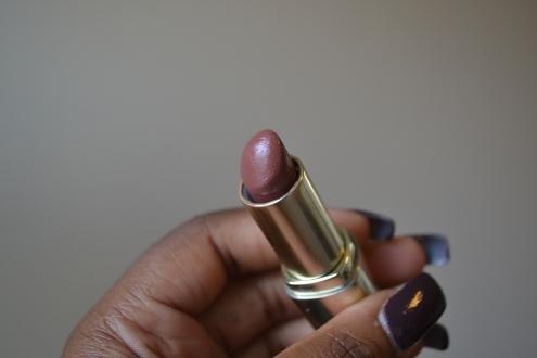 lipstick teddy bare tube
